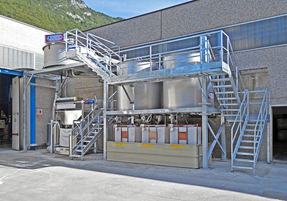 Radici Novacips: impianto di Depur Padana Acque per trattamento acque e impianto di depurazione